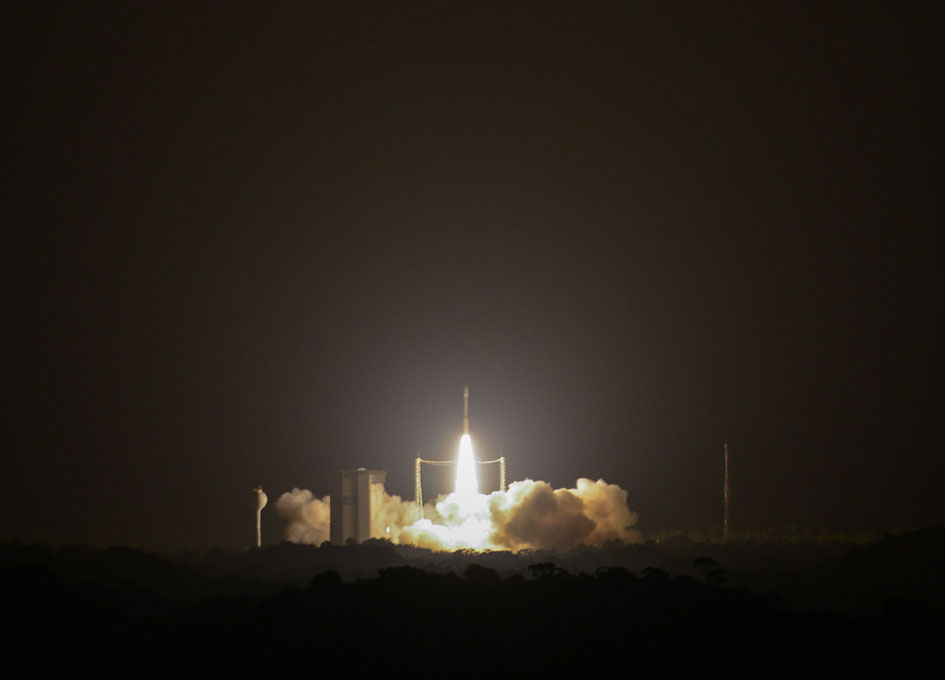 arianespace_v07_launch_091516_945