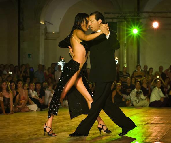 tango-fashion-today