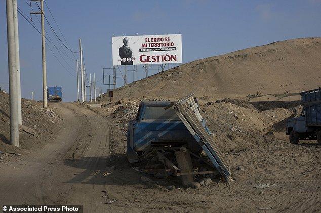 Hay un tufo de crueldad en el mensaje de este cartel. Foto: Associated Press/Rodrigo Abd