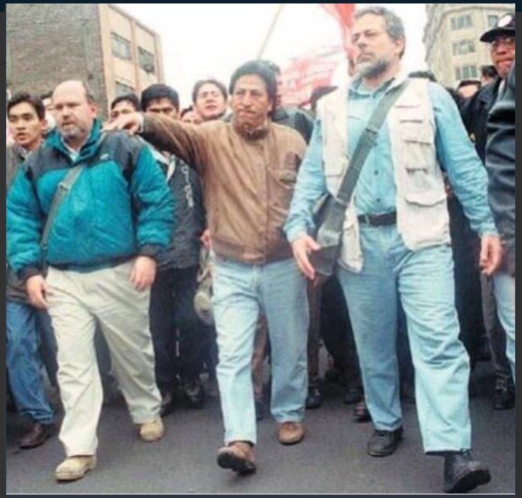A finales de los 90 y principios del nuevo milenio, toda la clase política cerró filas en contra de la dictadura. Imagen: captura Twitter