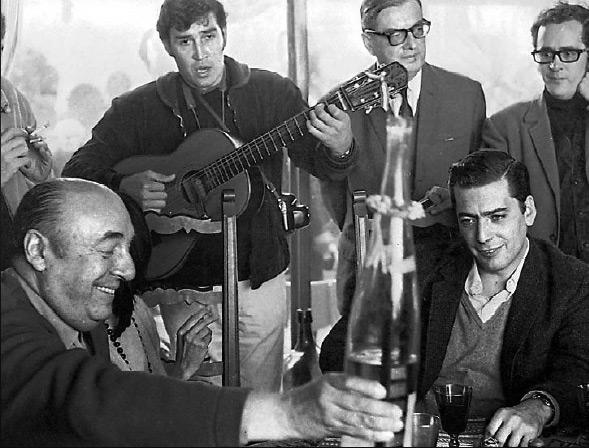 Neruda y Vargas Llosa, casuales. Foto: El País