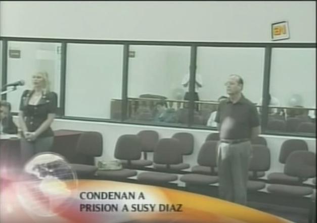 Susy Díaz el día que fue condenada por recibir dinero de Montesinos. Sí, ahí también está Vladi  Imagen: América TV