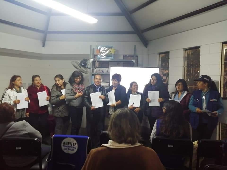 Capacitación realizada con vecinos de La Victoria para ser futuros agentes comunitarios. Foto: Zulema Torres Rivera